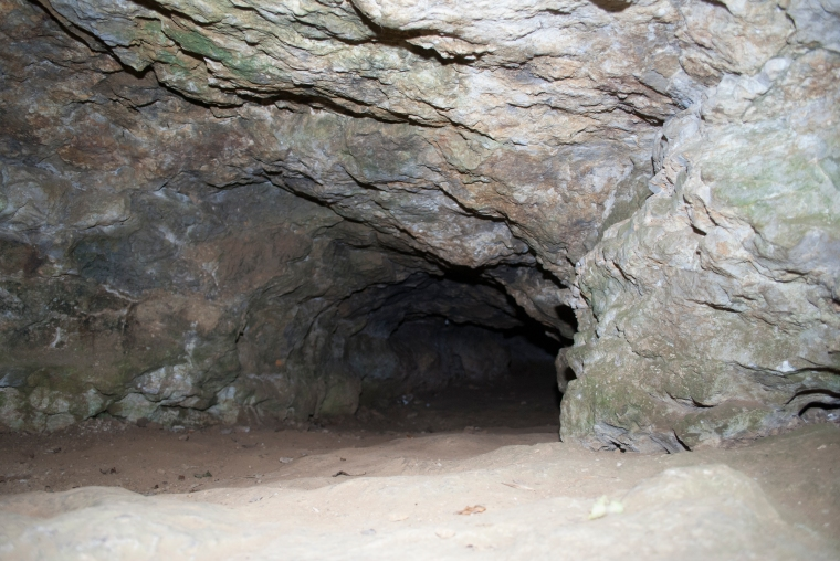 Kirkdale Caves03