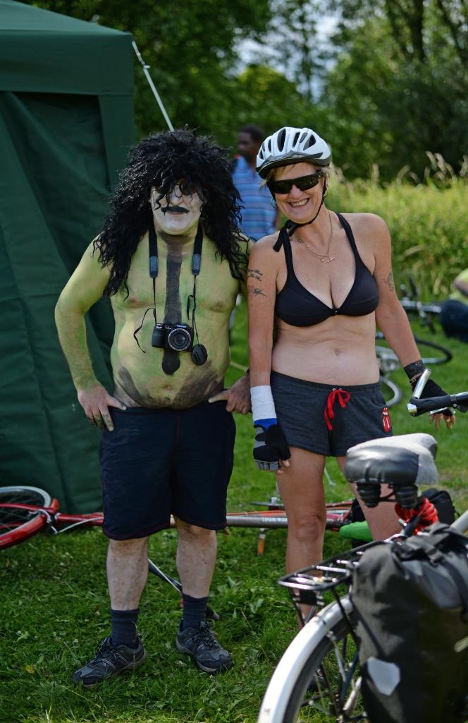 York World Nake Bike Ride03