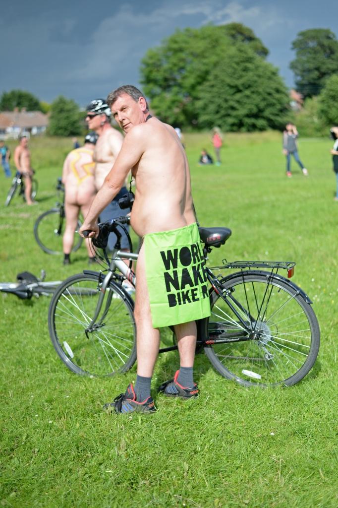 York World Nake Bike Ride11